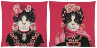 KUSSEN EARRING CATS